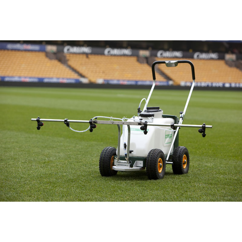 Supaturf TXE 252 & 505 Spray Boom Attachment